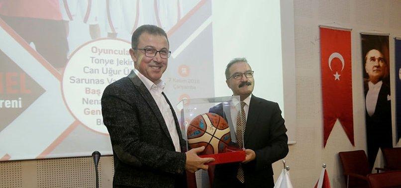 Türkiye'yi futboldan kurtarmak lazım