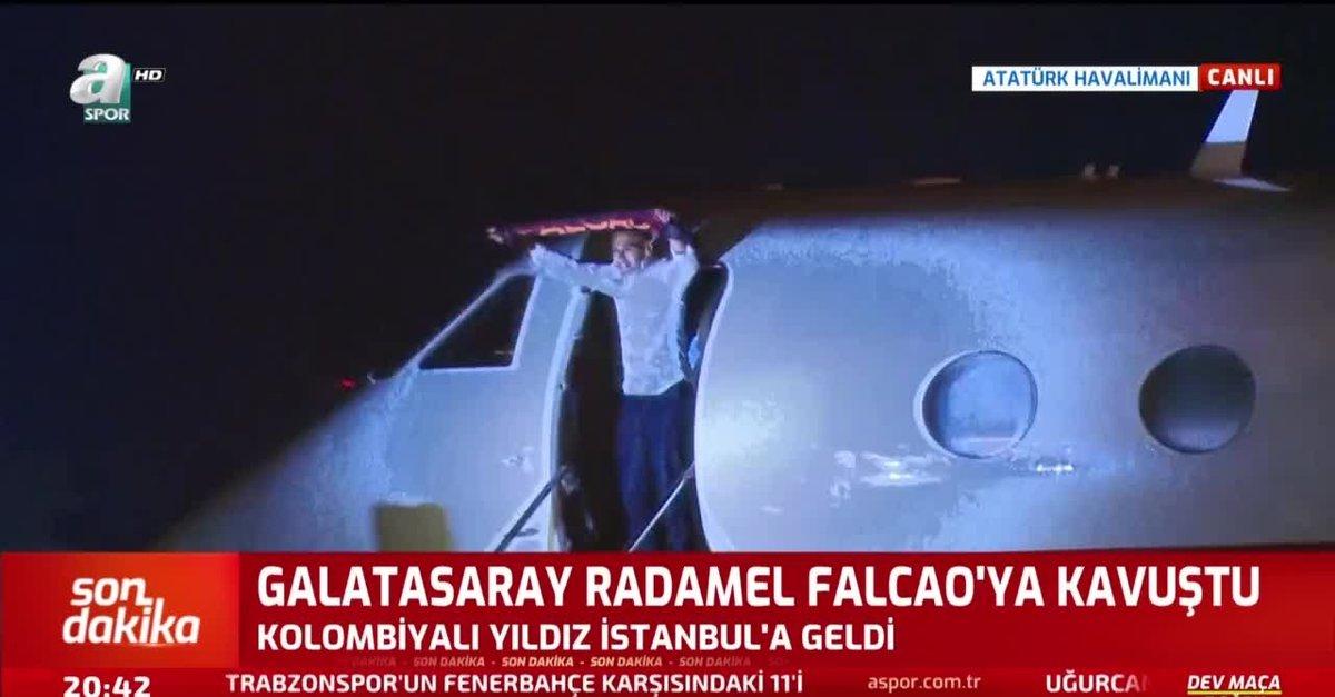 Radamel Falcao taraftarlarla buluştu! İşte ilk görüntüler...