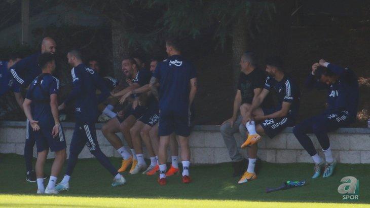 Fenerbahçe ve Galatasaray'dan devasa transfer savaşı! Mert Hakan Yandaş'ın ardından ...