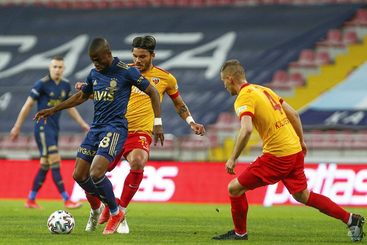 Son dakika spor haberi: Fenerbahçe için olay iddia! Emre Belözoğlu'nun yerine İtalyan isim geliyor
