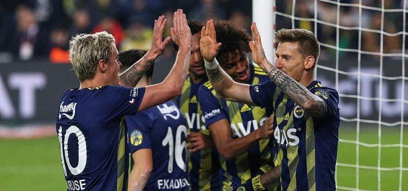 Fenerbahçeli futbolculardan galibiyet sözü