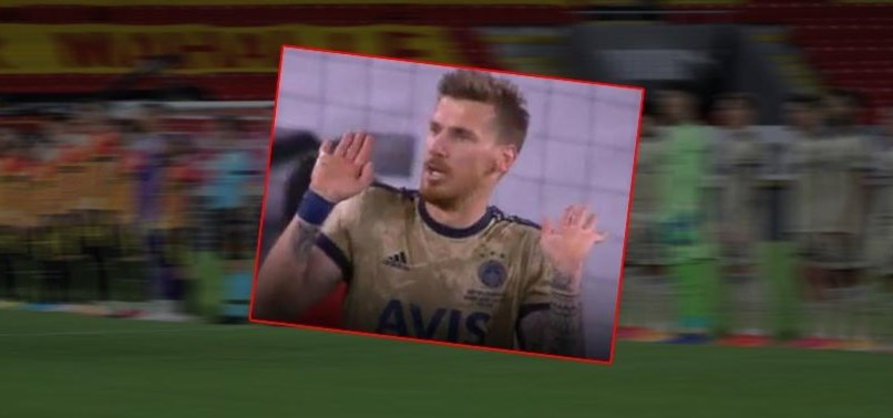 Serdar Aziz'den penaltı tepkisi! İşte o pozisyon