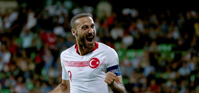UEFA anketine Cenk Tosun'u da ekledi
