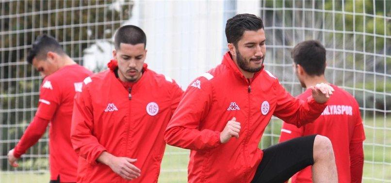 Antalyaspor'a Nuri Şahin döndü! Hakan Özmert...