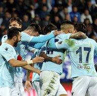 Çaykur Rizespor - Medipol Başakşehir maçından kareler