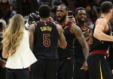 Cavaliers, LeBronun son saniye üçlüğüyle kazandı
