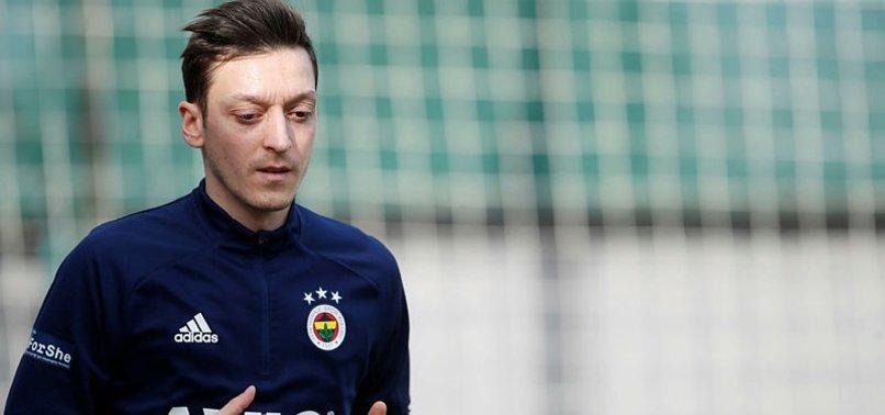 Mesut Özil'den anlamlı davranış!