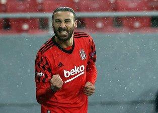 Son dakika Beşiktaş haberleri: Cenk Tosun'u böyle değerlendirdi! Tam zamanında geldi