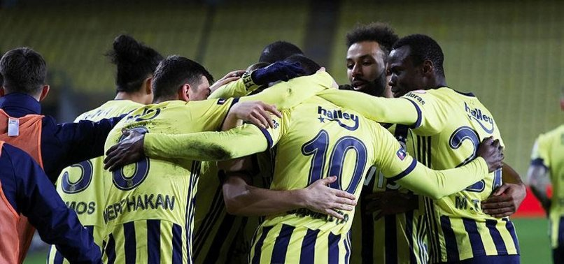 Eksik Fenerbahçe Ankaragücü karşısında! İşte Fenerbahçe-Ankaragücü maçının muhtemel 11'leri