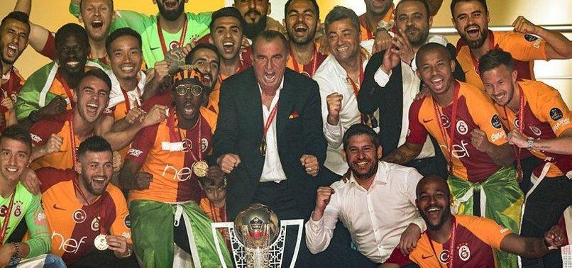 Galatasaray'da Fatih Terim ayrılacak isimleri belirledi! Tam 9 oyuncu...