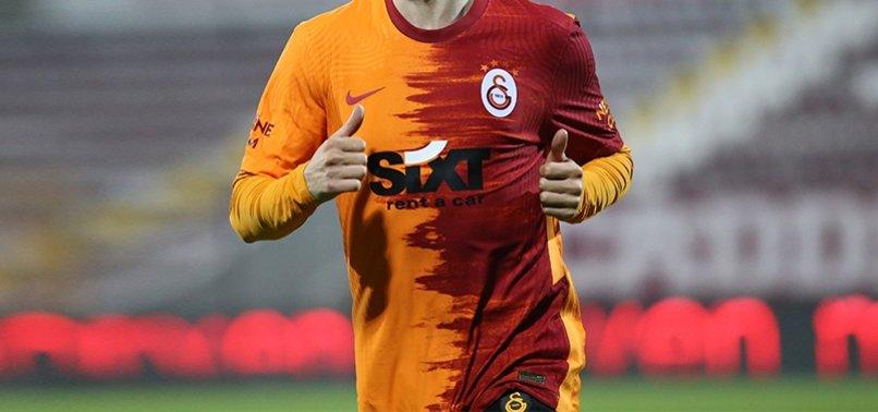 Galatasaray taraftarlarından DeAndre Yedlin, Ryan Babel ve Ömer Bayram'a tepki!