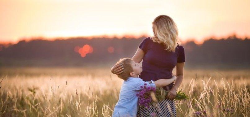 Anneler Günü ne zaman? Anneler Günü bu pazar mı? Anneler Günü'nde ...