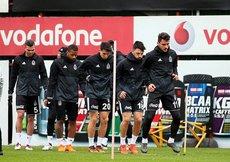 Beşiktaş, Alanyaspor mesaisini sürdürdü