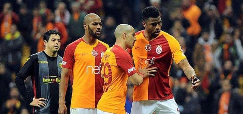 Galatasaray'a derbi öncesi büyük şok!
