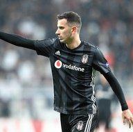 Oğuzhan Özyakup Fenerbahçeye transfer olacak mı? Menajeri açıkladı