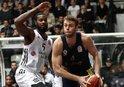 Fenerbahçe, deplasmanda Beşiktaşı devirdi