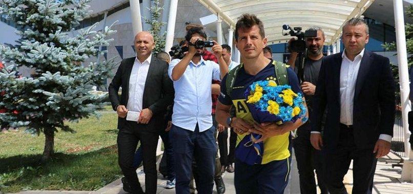 Fenerbahçe Sivas'ta çiçeklerle karşılandı