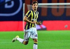 Fenerbahçe Salih Uçanın sözleşmesini uzattı