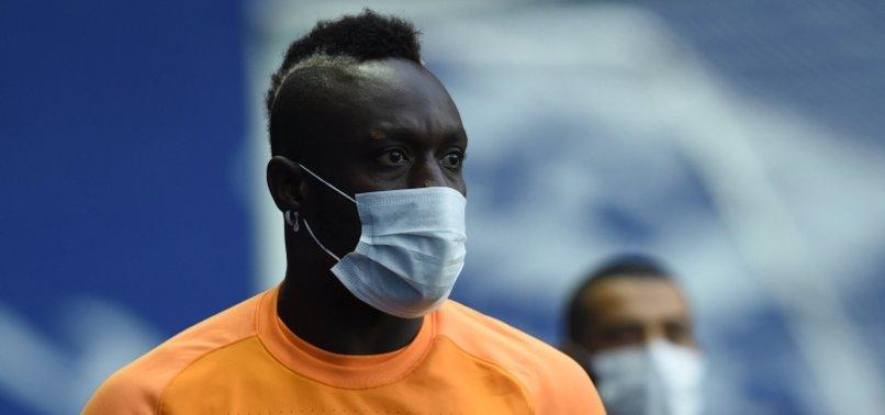 Diagne için transfer iddiası! Canlı yayında duyurdu