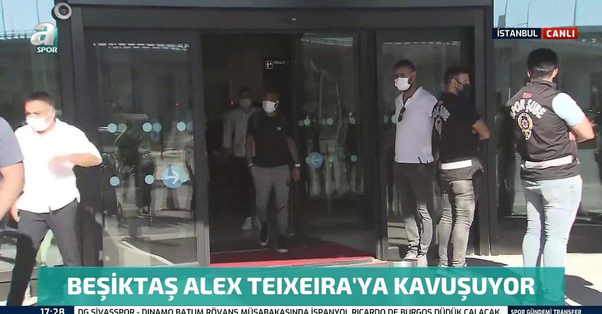 Beşiktaş'ın anlaşmaya vardığı Alex Teixeira İstanbul'da!