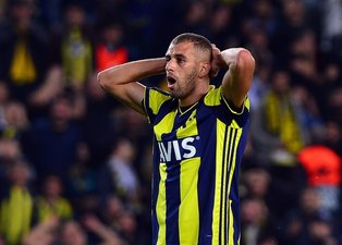 Fenerbahçeli taraftarlardan Comolli'ye Slimani tepkisi!