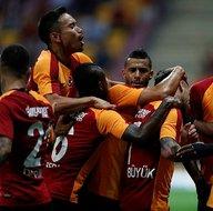 Galatasarayın Akhisarspor 11i belli oldu!