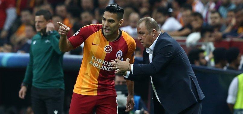Galatasaray'da Fatih Terim Radamel Falcao'yla özel görüştü! Alanya maçını sen alacaksın
