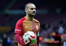 Sneijderin menajerinden flaş G.Saray açıklaması!