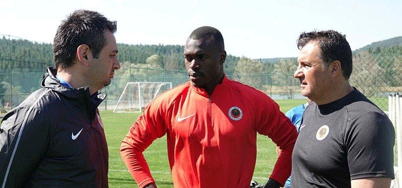G.Birliği'nin yeni transferi Toure, kampa katıldı