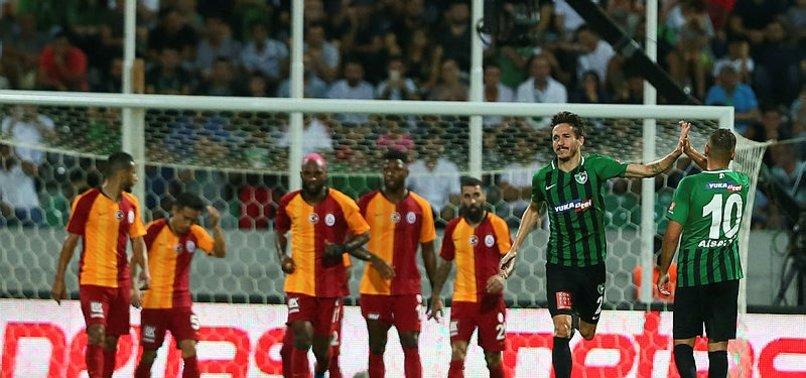Galatasaray yenildi capsler patladı!