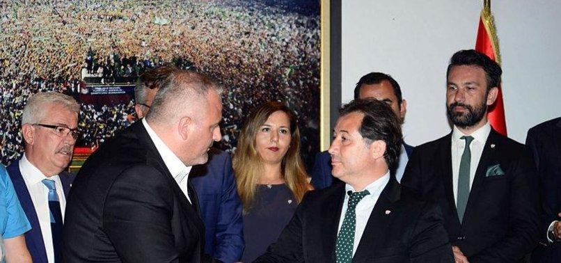 Bursaspor'da başkan Mestan mazbatasını aldı