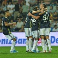 Fenerbahçe son dakikada kazandı sosyal medya yıkıldı! İşte yorumlar