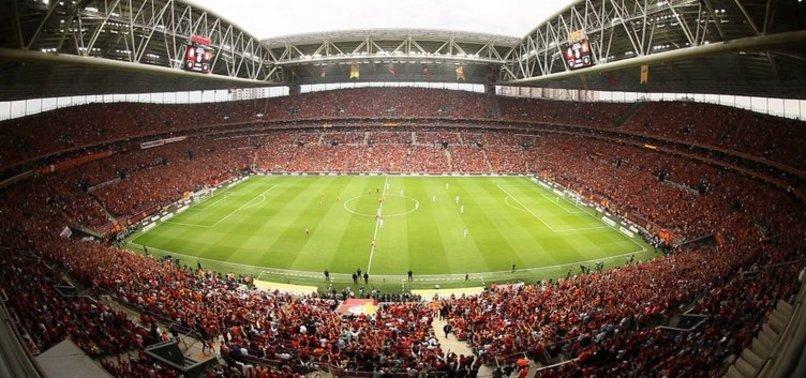 Galatasaray'da kombineler genel satışa çıktı