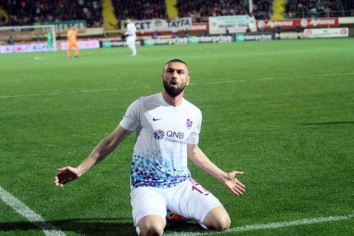 Transferde flaş hamle! Beşiktaşta Burak Yılmaz sesleri!
