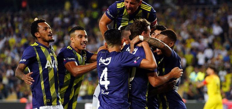 Fenerbahçe ve Antalyaspor'un 11'leri belli oldu