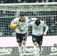 Gökhan Gönül golü attı sosyal medya yerinden oynadı!