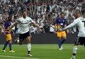 Gomez, Beşiktaş tarihine geçti