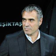 Fenerbahçe Teknik Direktörü Ersun Yanalın Beşiktaş karnesi korkutuyor!