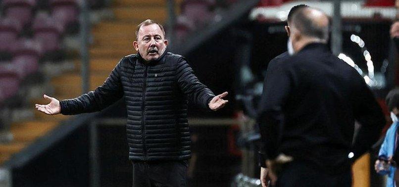 Sergen Yalçın'dan Galatasaray-Beşiktaş derbisi sonrası hakem tepkisi! Superman herhalde