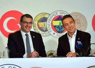 Fenerbahçeli yöneticiler transfer için İngilterede