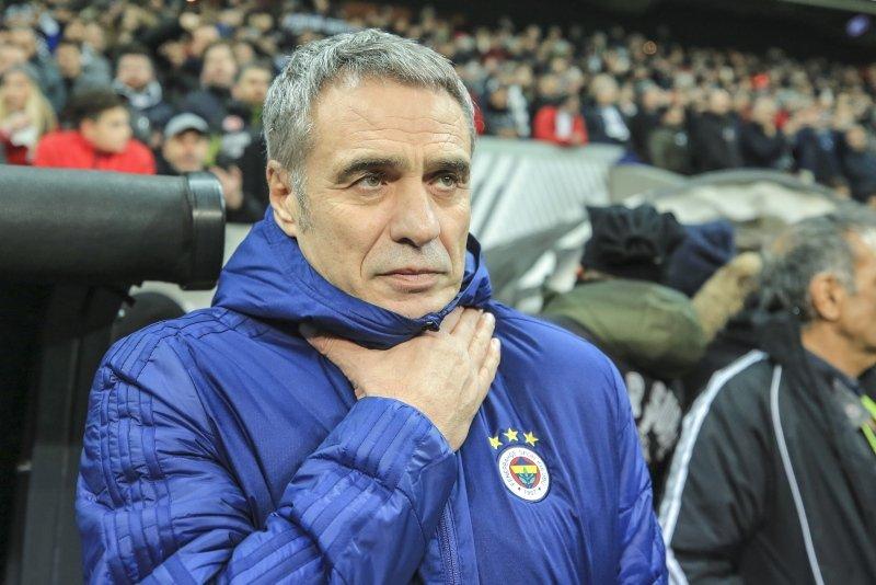 Ersun Yanal açıkladı! 8 futbolcu gidiyor...