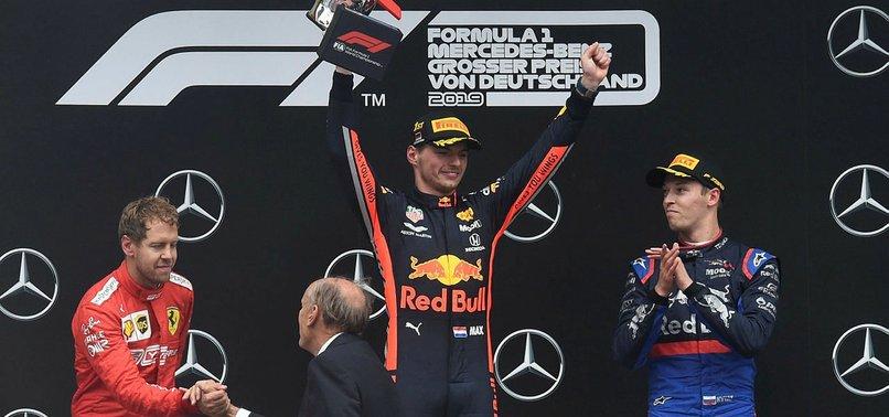 Almanya Grand Prix'sinde kazanan Max Verstappen