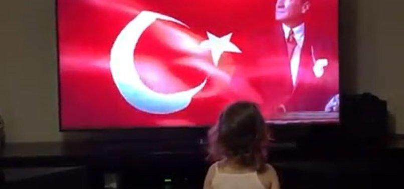 Fenerbahçeli Sadık Çiftpınar'ın kızı İstiklal Marşı'mızı öğreniyor!