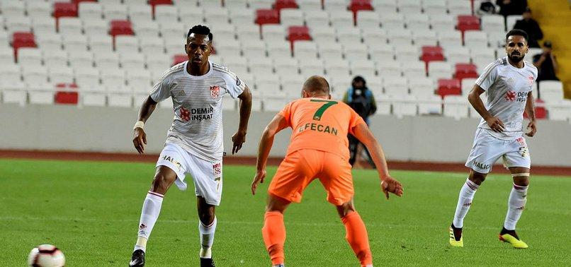 Sivasspor evinde Alanyaspor'u tek golle geçti