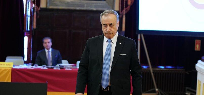 Galatasaray'da Mustafa Cengiz ve yönetim kurulu salonu terk etti!