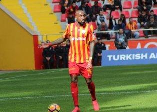 Trabzonspordan Kana Biyik ve Chanel Mbemba atağı