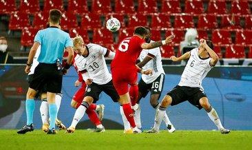 Ozan Tufan'dan muhteşem gol! Almanları uzaktan avladı