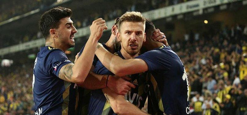 Fenerbahçe devlerle yarışıyor