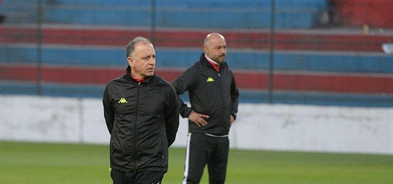 Karabükspor'da Taner Öcal ilk antrenmanına çıktı