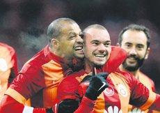 Galatasarayda kalpler gümbür gümbür